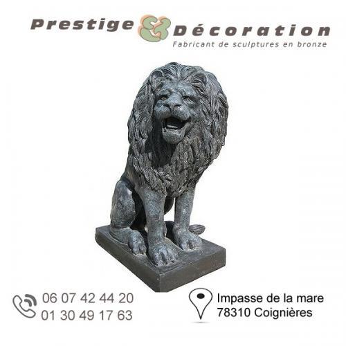 sculpture bronze lion